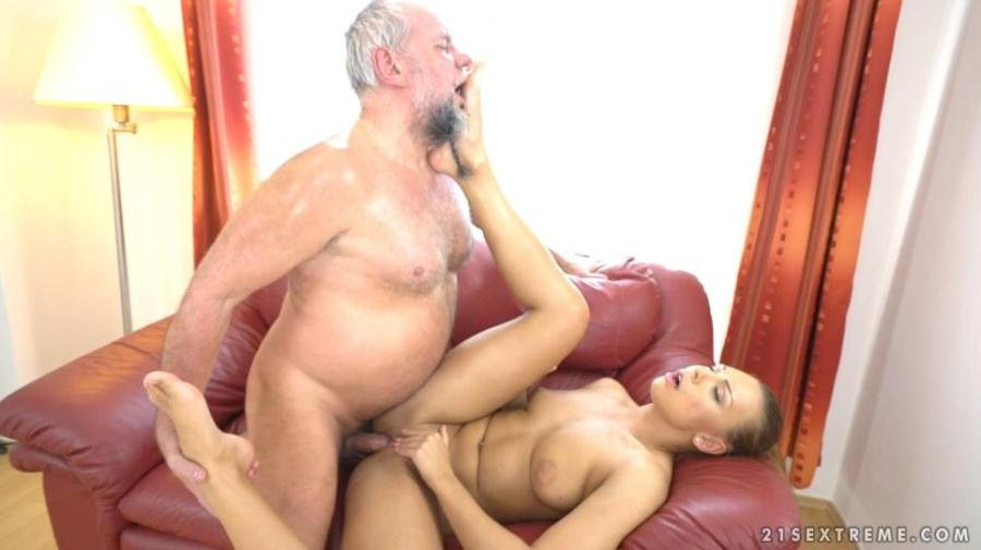 21Sextreme.com - Ornella Morgan - Pleasing Naughty Grandpa [SD / All Sex / Old-Young / 2017]