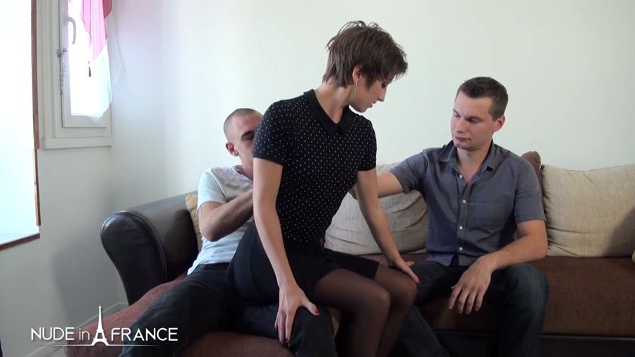 NudeInFrance.com - Jane - Amateur Couple With a Gorgeous Skinny Slut Getting Screwed Up And Double Penetrated [HD 720p / Amateur / France / 2017]