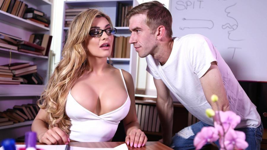 BigTitsAtSchool.com - Carla Pryce - Blowjob 101 [SD / Big Tits / Bubble Butt / 2017]