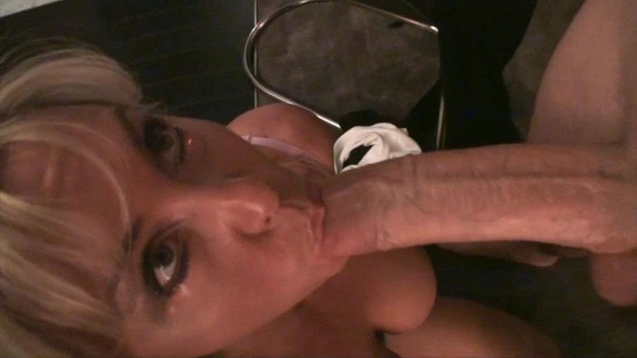 WifeyStore.com - Sandra Otterson - Wifey Takes On the White Whopper! [SD / Sexwife / Mature / 2017]