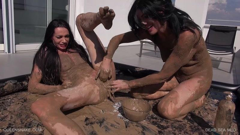 VERY EXTREME PORN.com -  - D3AD S3A MUD [HD / 2017]