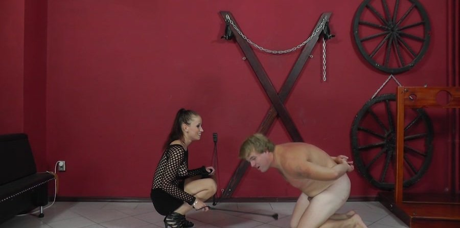 Cruel-Mistresses.com - Mistress Anette - Palm strokes and nipple torture [HD 720p / Femdom / Domination / 2017]