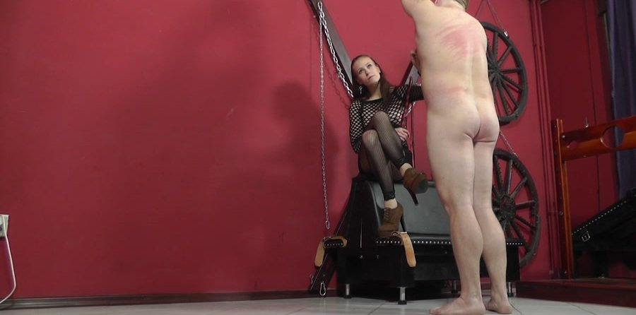 Cruel-Mistresses.com - Mistress Anette - Nothing But Hits [HD 720p / Femdom / Domination / 2017]