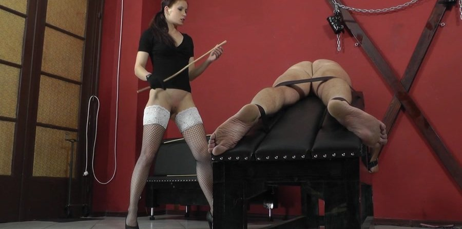 Cruel-Mistresses.com - Mistress Anette - Vulnerable parts [FullHD 1080p / Femdom / Domination / 2017]