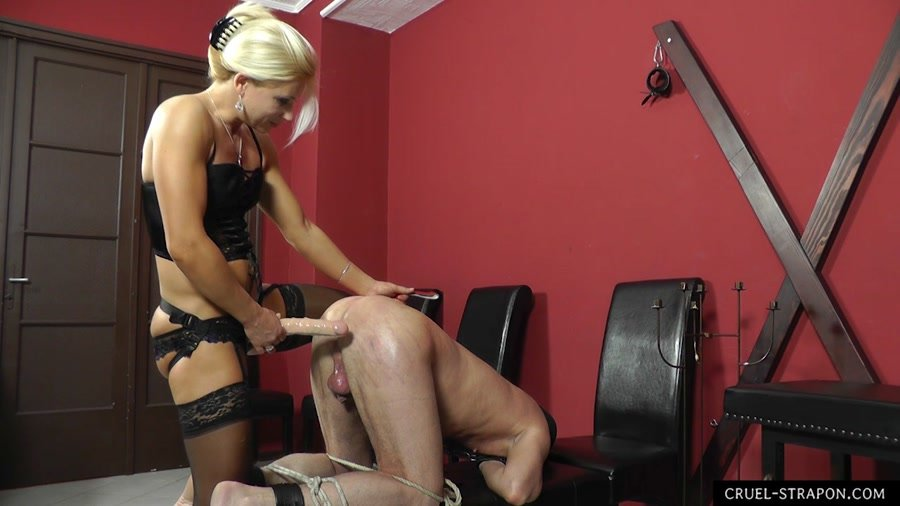cruel-girl-and-femdom-mature-pussy-young-men