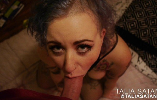 ManyVids.com - Talia Satania - Talia Satania camera whore [HD / Blowjob / 2018]