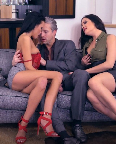 GirlsRimming.com - Dolly Diore, Lexi Layo, Lutro - Deluxe Rimjob Ep2 - My Valentines Rimjob [HD /  / 2018]