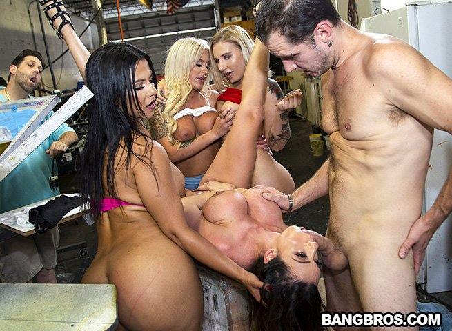 FuckTeamFive - Ariella Ferrera, Rose Monroe, Brandi Bae, Stella Ray - We're Taking Over [SD / Latina /  2018]