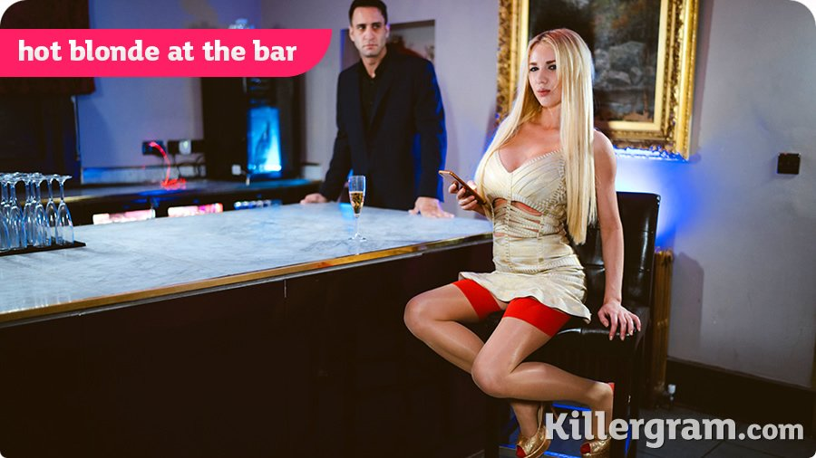Killergram.com - Lucy Sky - Hot Blonde At The Bar [SD / Blonde /  2018]