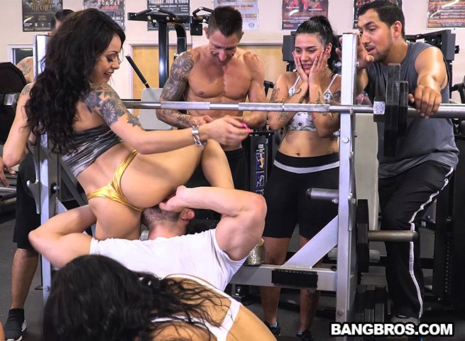 FuckTeamFive - Rose Monroe, Holly Hendrix, Mia Martinez - A Workout for Your Cock! [SD / Latina /  2018]