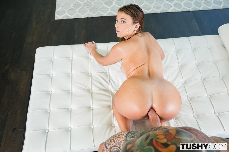 Tushy.com - Gia Derza - What I Really Want [SD / Brunette /  2018]