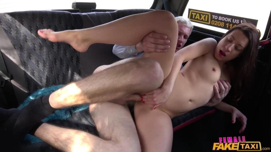 FemaleFakeTaxi.com - Therese Bizarre - First Fare - First Fuck [SD / Blowjob /  2018]