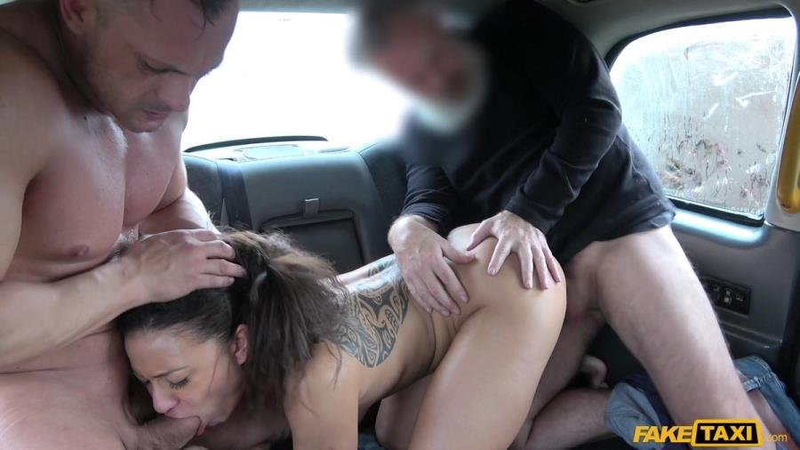 FakeTaxi.com - Cassie Del Isla - Hot Wife Sharing Taxi Threesome [SD / Brunette /  2018]