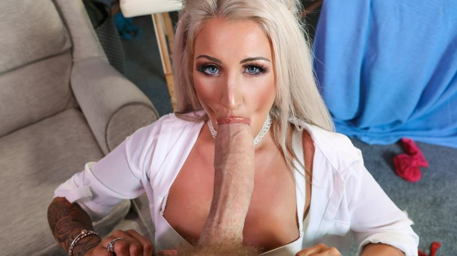 DoctorAdventures.com / Brazzers.com - Brooklyn Blue - Are You Even A Doctor? [SD / Blonde /  2018]