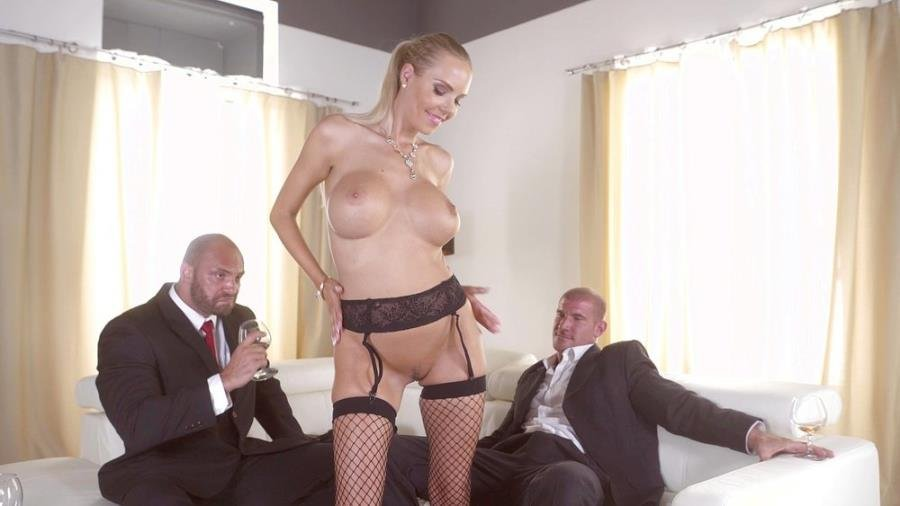 Bang! Glamkore / Bang.com - Florane Russell - Florane Russell Gets Both Her Holes Used By Her Husband And His Friend [SD / Blonde /  2018]