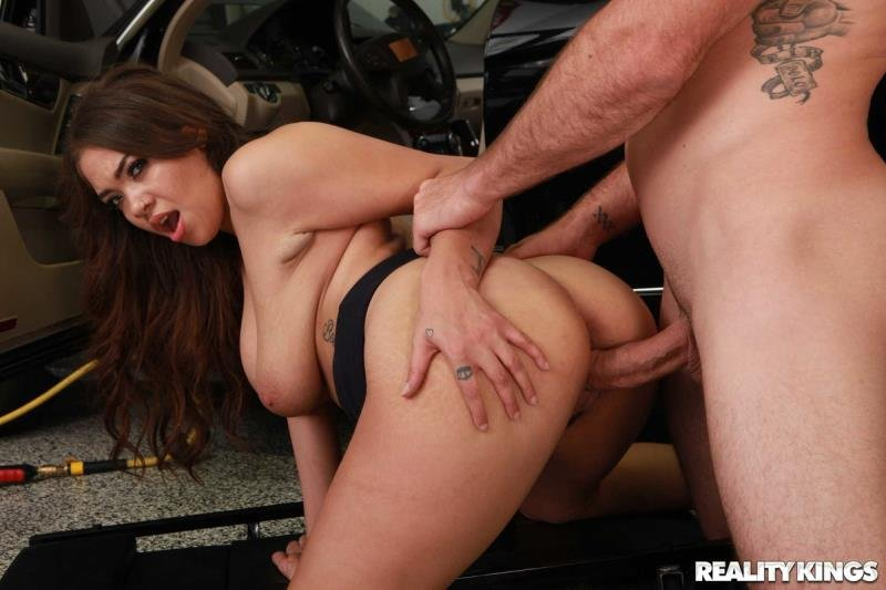 SneakySex.com - Cassidy Banks - My Mechanic Fucked My Wife [SD / Latina /  2019]