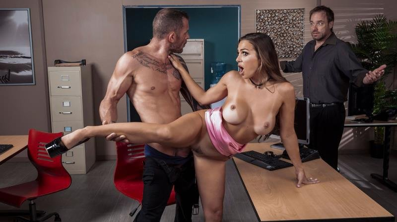 BigTitsAtWork.com / Brazzers.com-Год производства: 2019 г. - Abigail Mac - First Impressions Are Important [SD / Brunette /  2019]