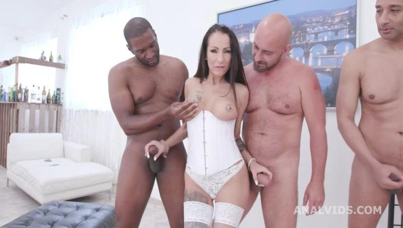 LegalPorno.com - Valentina Sierra - Big Dicks Rules Valentina Sierra meets Big Dicks and gets ButtRose with Balls Deep Anal, DAP, Gapes, Creampie and Facial GIO1475 [SD / Gangbang /  2020]