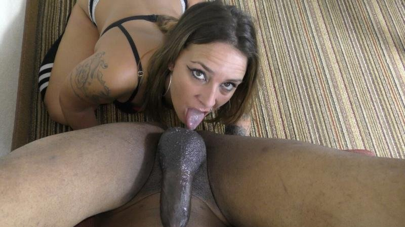 DickDrainers.com - Kayla - Ass Eating Hotwife Drains My BBC AND Takes My Soul! [SD /  /  2020]