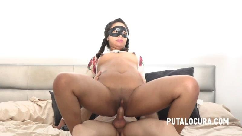 PutaLocura.com - Luna Dark - 2 DICKS FOR LUNA DARK (SE LAS COME A PARES) [SD / Blowjob /  2021]